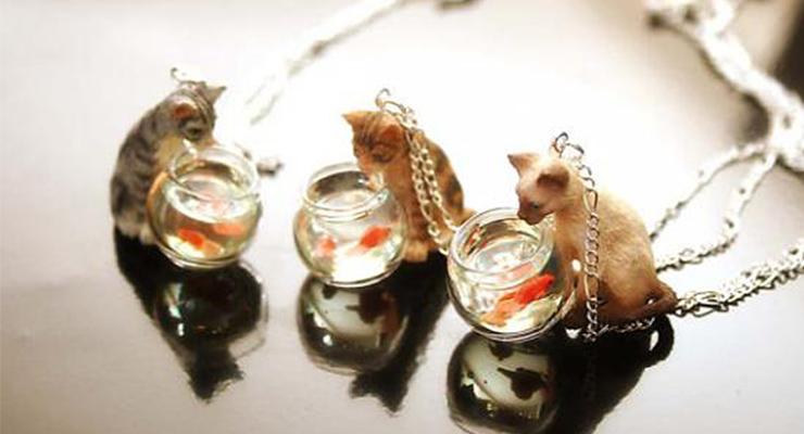 Cat-necklace