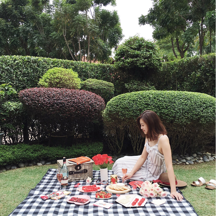 @DearChar_'s Tips on How to Pull Off A Romantic Picnic At ...