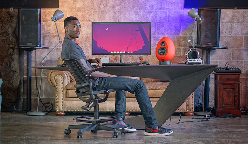 Male Tech Buffs MKBHD Marques Brownlee