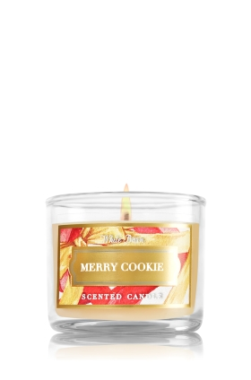 Bath and Body Works 3 wick Candle - Merry Cookie