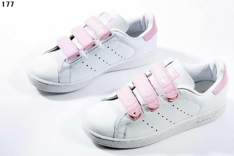 Shopandbox comprar Adidas Stan Smith velcro zapatos de mujer blanco rosa