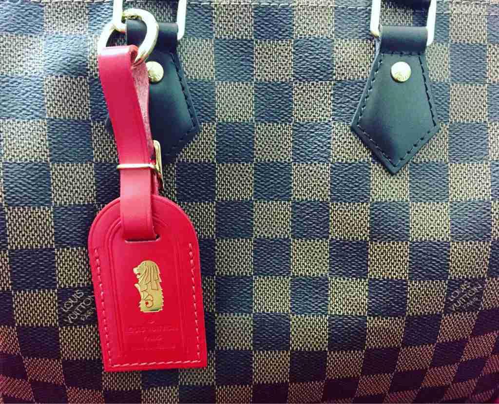 fbe8fdbd3de ShopandBox - Buy Louis Vuitton Luggage Tag from SG