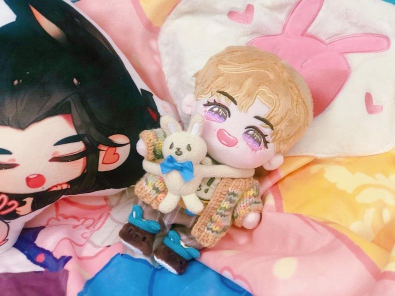 612 Wang Yi Bo Doll